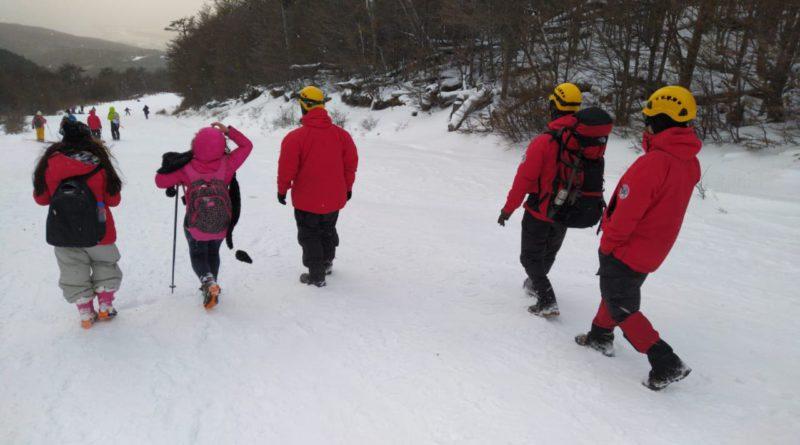 Defensa Civil Municipal ayudó en el rescate a 5 personas en el Glaciar Martial