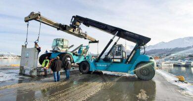 La dirección provincial de puertos adquirió una nueva containera